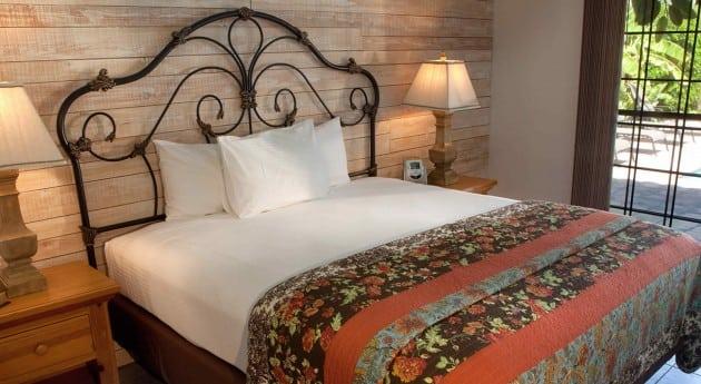 HotelCA_pic_KingPool1