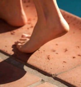 HotelCA_feet