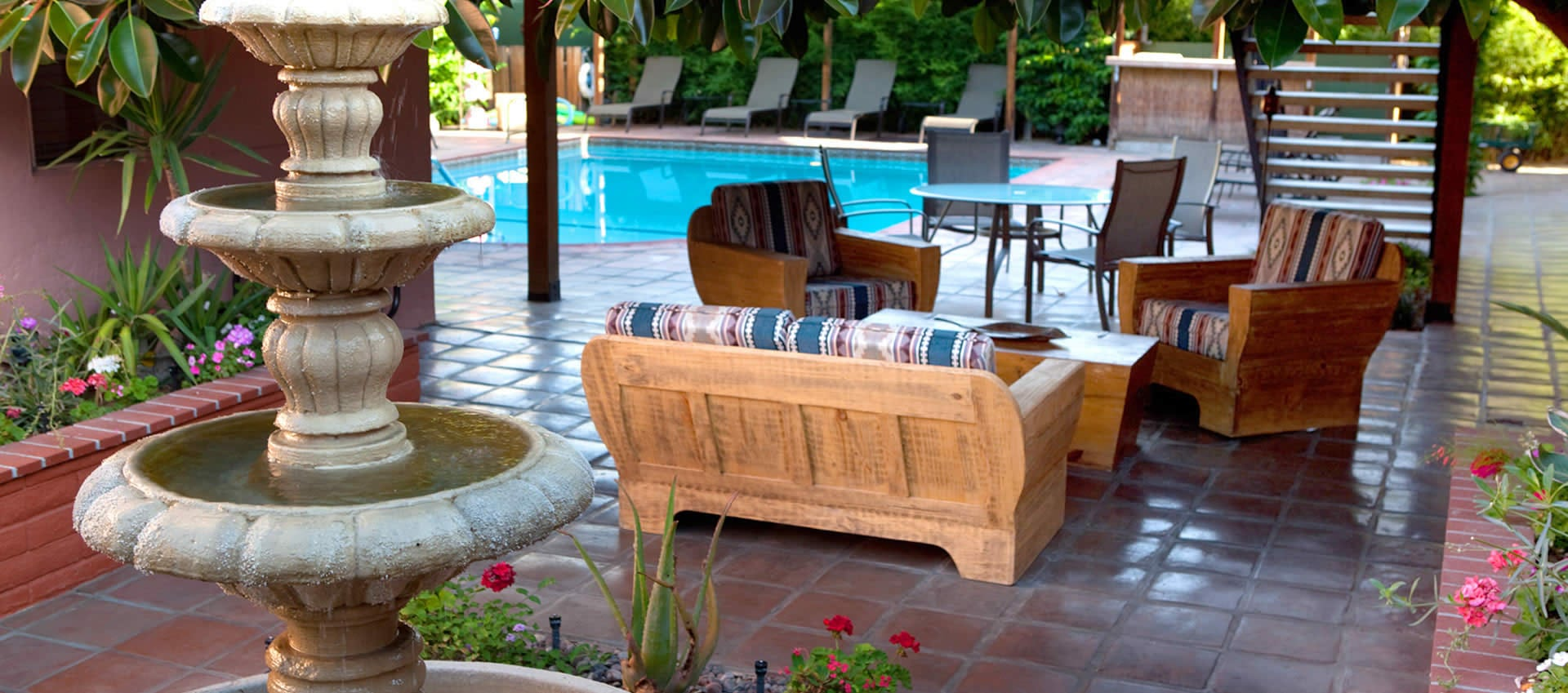 Hotel California patio and pool area